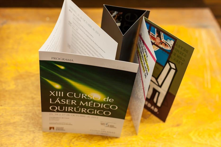 ©Tormiq imprenta Barcelona, diptics, triptics, desplegables